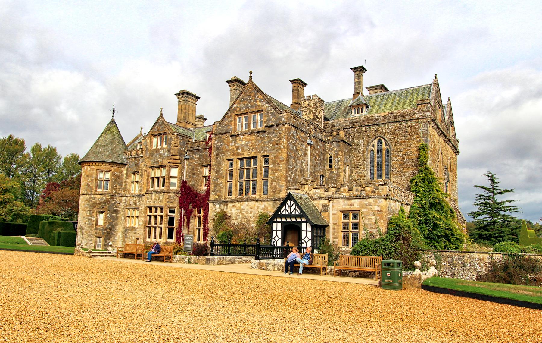 x Palace house
