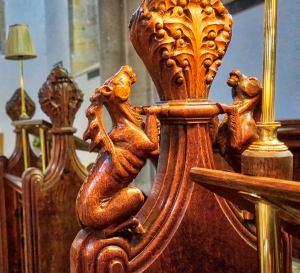 x Choir Carving