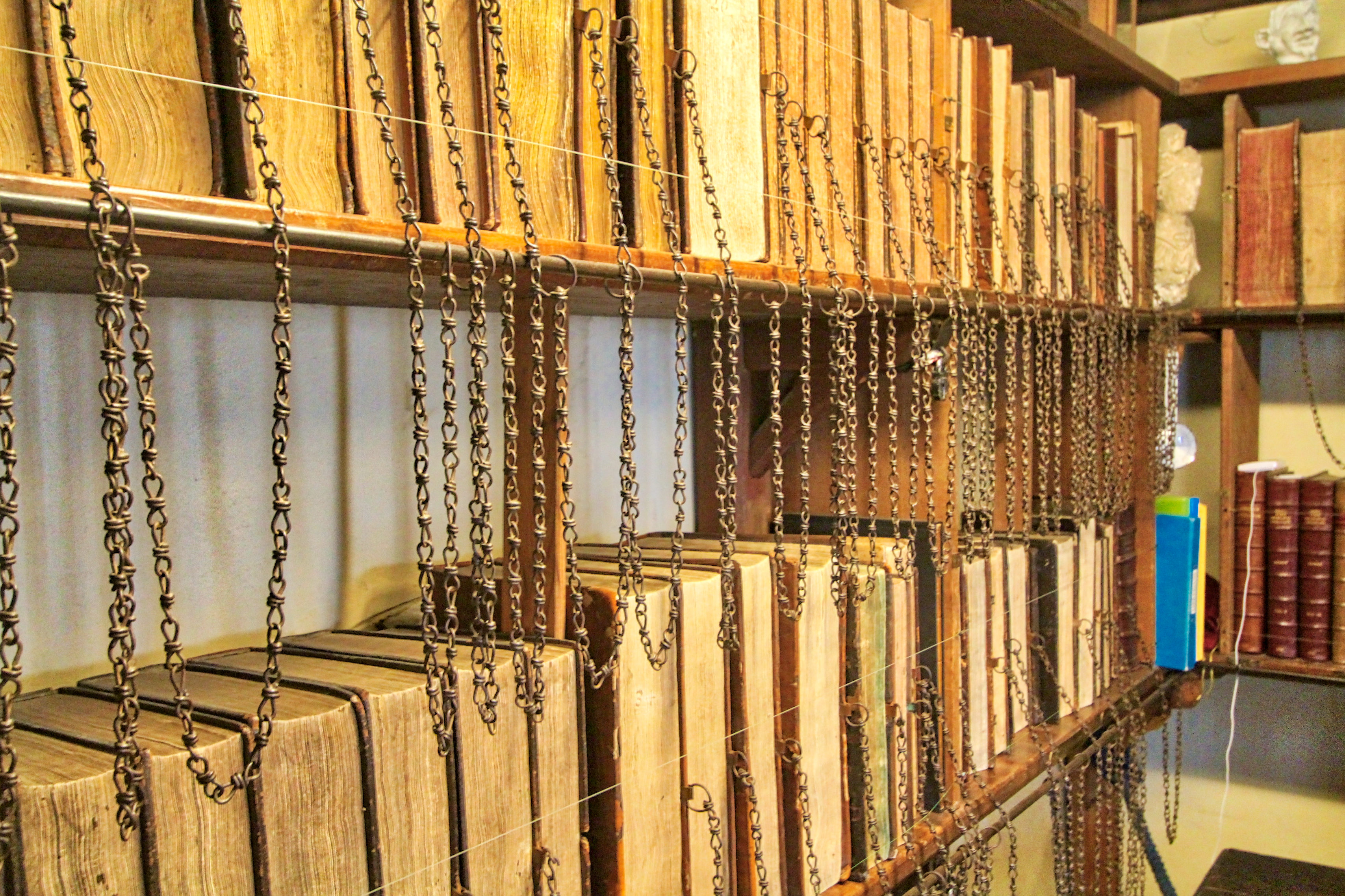 chain library