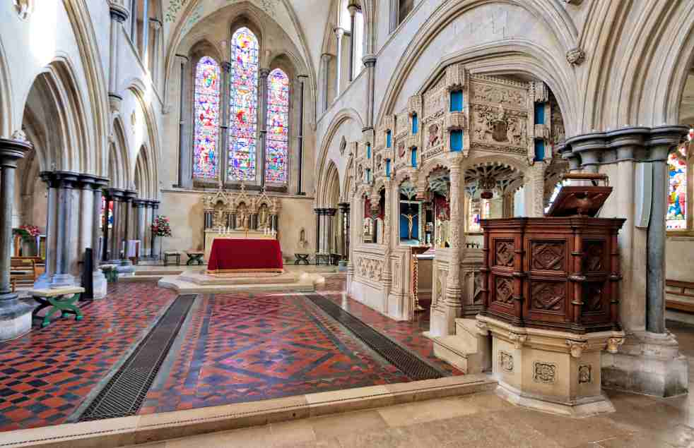Chantry and chancel